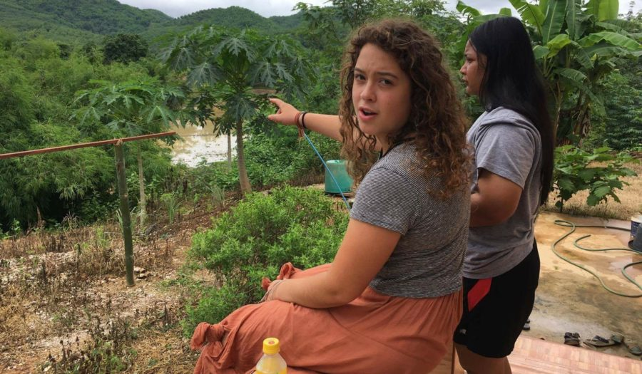 Molly Gurney '18 during her study abroad experience in Thailand.